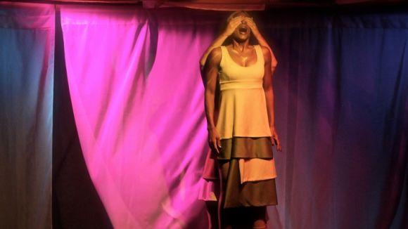 Teatre: 'A gruta da garganta'