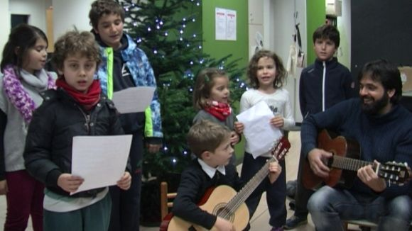Les 'Nadales al carrer' visiten Cugat.cat amb la Coral Gymel