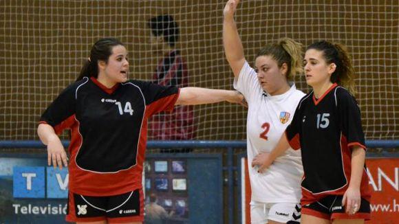 L'Handbol Sant Cugat femení no ha pogut començar amb triomf la fase d'ascens / Font: Handbol Sant Cugat