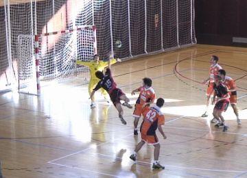 Victòria clau de l'Handbol Sant Cugat en un partit ajustat