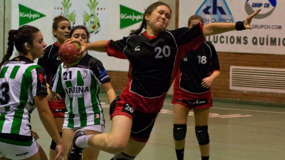 El femení de l'Handbol Sant Cugat supera sense problemes el Terrassa