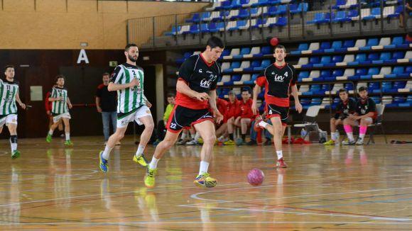 L'Handbol Sant Cugat guanya l'OAR Gràcia i té a tocar la sisena plaça