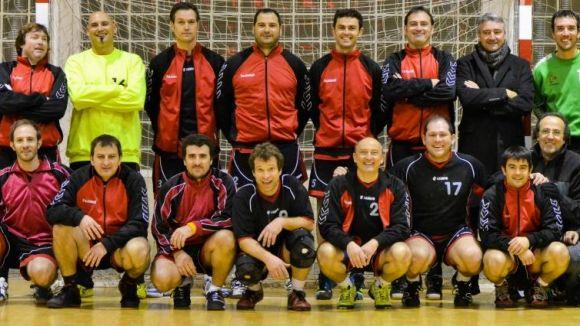 Els veterans de l'Handbol Sant Cugat han de certificar el pas a semifinals