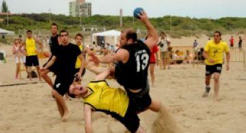 Santcugatencs al Campionat de Catalunya d'handbol platja