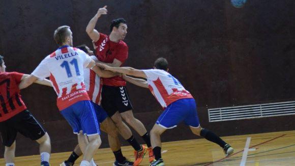 L'Handbol Sant Cugat viu la primera visita de la temporada a la pista del Joventut Handbol Mataró