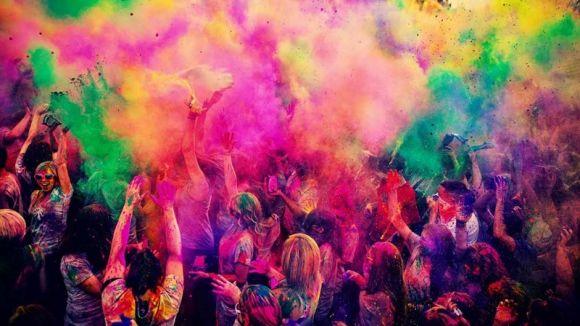 Festa Major de les Planes: Final de festa amb festa Holi