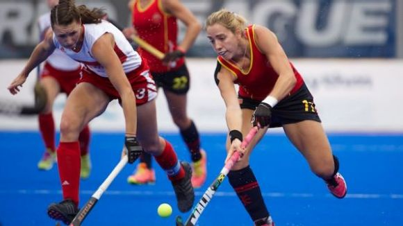Cristina Guinea jugant amb la selecció espanyola