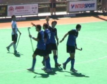 El Junior masculí obre la lliga amb una victòria