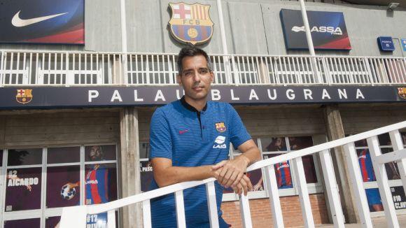 Guillem Pérez, davant el Palau Blaugrana / Font: Fcbarcelona.cat