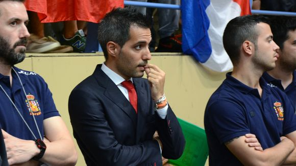 Guillem Pérez està centrat amb el seu equip, el Vendrell / Font: Fep.es