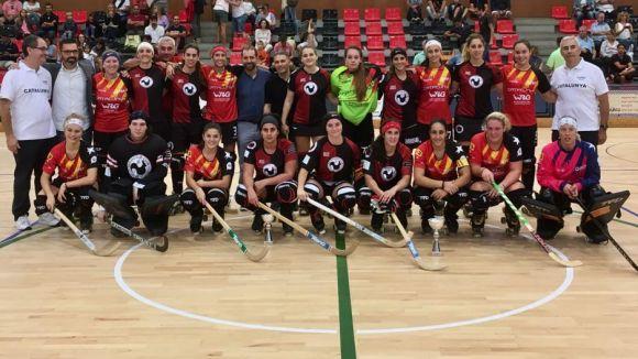 La selecció catalana femenina ha guanyat la Copa Monestir / Font: Patí Hoquei