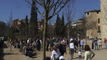 El renovat parc de l'Hort de l'Abat millora la visibilitat del Monestir
