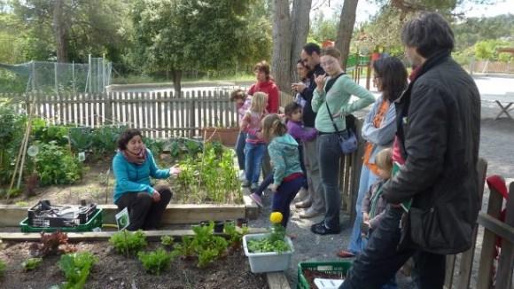 Famílies en Xarxa: Tallers i visita a Can Monmany: 'Anem a l'hort!'