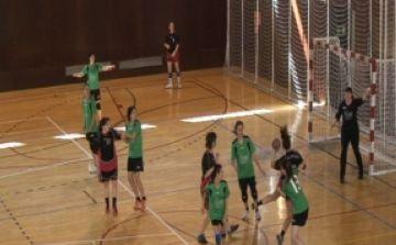 L'Handbol Sant Cugat femení, a l'espera de saber si es reprèn o no el partit contra el Cervera