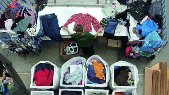 Punt de classificació de roba de la Fundació Humana