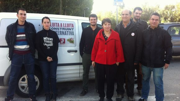 Laia Ortiz fa campanya a Sant Cugat i acusa CiU de 'degradar' l'escola pública
