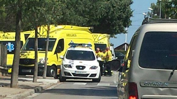 Un motorista en estat menys greu arran d'un xoc contra un cotxe a Valldoreix