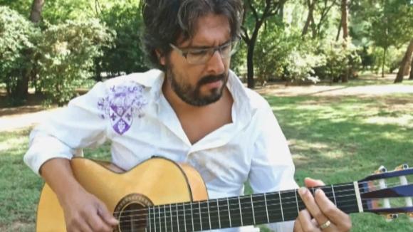 Oriol Saltor arriba al programa 'Clips' amb el tema 'Cristalls'