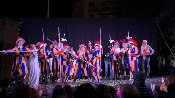 Rua de comparses del Carnaval de Sant Cugat