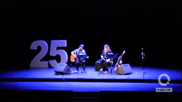 Policlinic Torreblanca celebra els 25 anys amb bona salut i la música de Maria del Mar Bonet