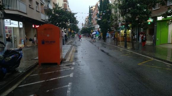 La pluja marca l'inici de la Festa Major a Sant Cugat