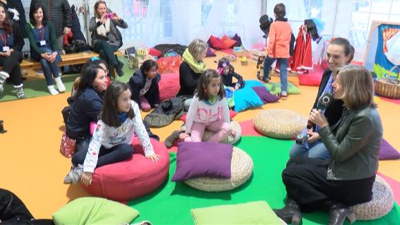 Els infants entrevisten l'alcaldessa