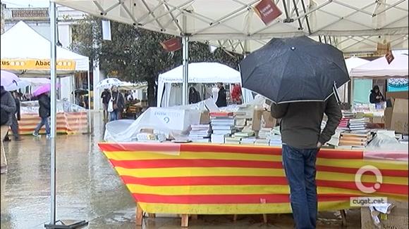 La pluja no ha pogut amb Sant Jordi a Sant Cugat