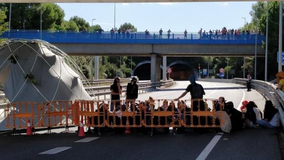 Una seguda talla durant una hora els Túnels de Vallvidrera