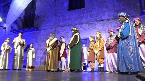 Ses Majestats omplen Sant Cugat d'il·lusió abans de la nit màgica