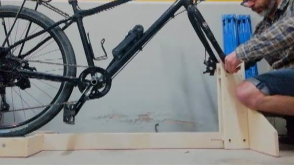 Clinicbikes produirà rodillos per fer bici estàtica des de casa