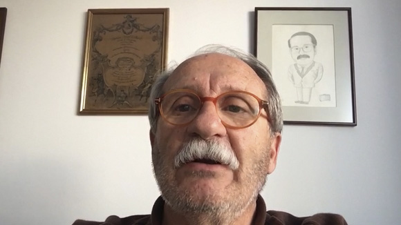 Pantalles d'algú - Joaquin Castro