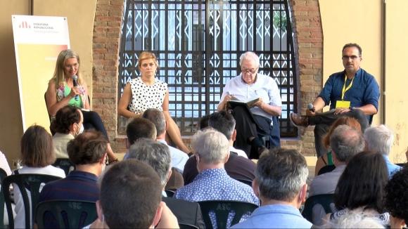 ERC Sant Cugat presenta 'Parlant de tu d'amor i llibertat', el nou llibre de Junqueras escrit des de