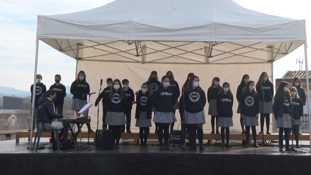Nadales al carrer: Cor de Secundària de l'Escola El Pinar