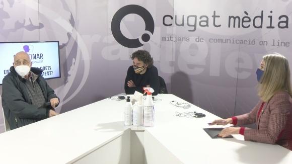 Arcadi Oliveres visita la primera xerrada del cicle 'Enraonar', emesa des del plató de Cugat Mèdia