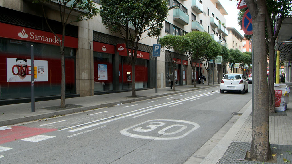 Nous límits de velocitat a Sant Cugat: a 30 km/h als carrers d'un sol sentit