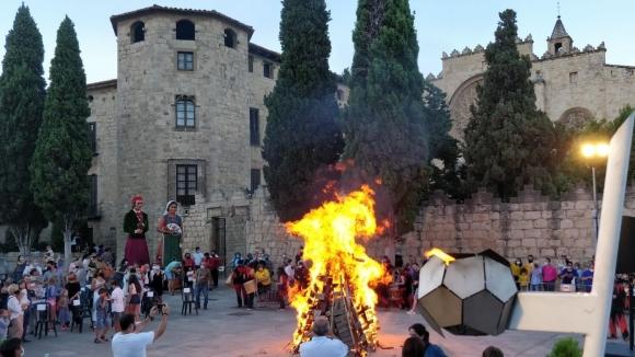 L'alliberament dels presos marca l'arribada de la Flama del Canigó a Sant Cugat