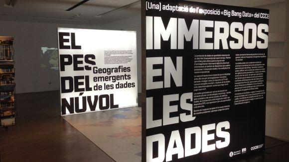 L'exposició 'Immersos en les dades' arriba a la ciutat per fer entendre el 'big data' amb una visió crítica