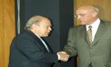Pujol i el president del Banc Sabadell, Josep Oliu, en l'acte d'inauguració de la nova seu de l'entitat financera sabadellenca a Sant Cugat
