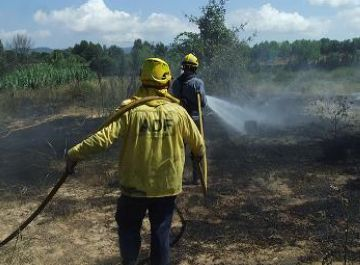 Crema una barraca de pagès propera a l'AP7 sense causar ferits