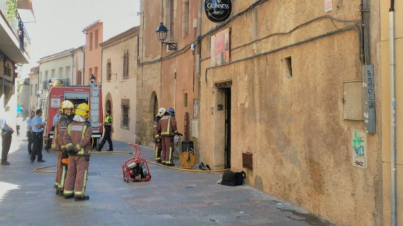 Un incendi crema l'interior del local de l'antic Bebop