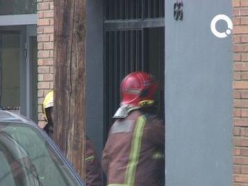 Un incendi afecta un edifici buit de l'avinguda Cerdanyola