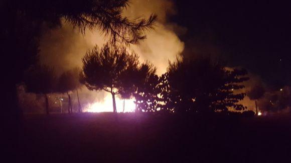 Un atropellament, tres detencions i un incendi a Can Mates, balanç de la Nit de Sant Joan a Sant Cugat