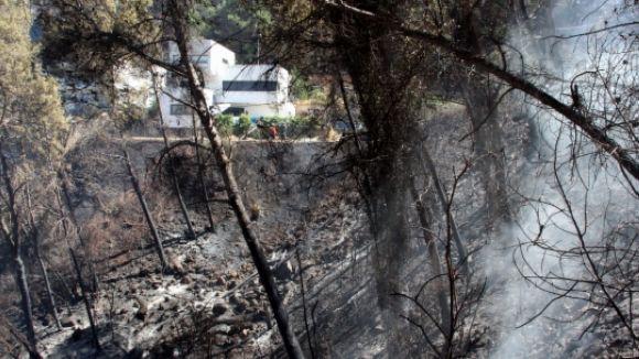 ADF i Bombers de Sant Cugat col·laboren en l'extinció del foc de Vallirana