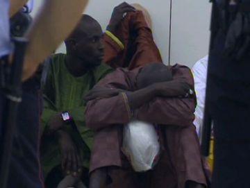 Una trentena de passatgers sense bitllet bloquegen durant una hora la circulació de trens de rodalies Renfe