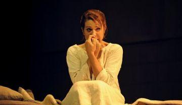 Emma Vilarasau i Àngels Gonyalons emocionen la platea del Teatre-Auditori amb 'La infanticida' i 'Germana Pau'