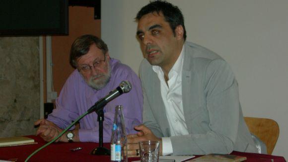 Jofre Llombart 'desmunta la caverna de Madrid' al Museu amb el seu primer llibre