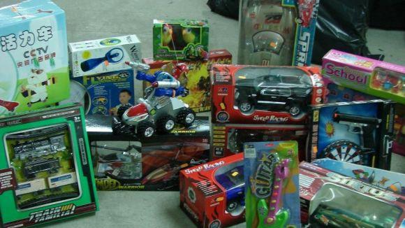 La Creu Roja va recollir més de 3.000 joguines l'any passat / Foto: Localpress
