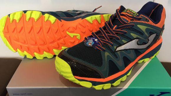 Unes sabatilles de trail running Joma, l'últim regal de la temporada de Thinkinsport i 'Esport en Marxa'
