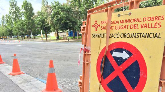 Es limita l'aparcament a Josefina Mascareñas per treballs de repintat