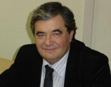 Josep Lluís Domeyó: 'Sant Cugat té prou oferta d'escoles i instituts públics per ara'